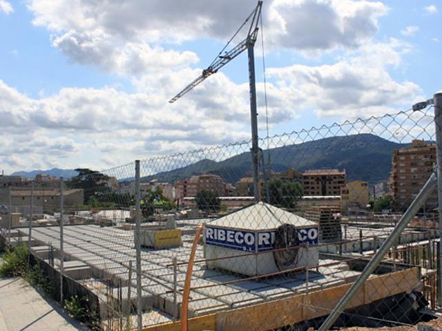 EDIFICIO DE OFICINAS. Alcoy (Alicante)